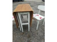 Table&Chairs