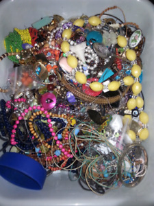 Junk jewellery lot alot of damage but also lots wearable