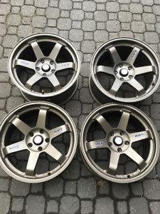 Rays Volk TE37 Replica wheels 5x114.3