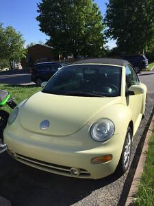 2005 Volkswagen New Beetle Cabriolet negociable