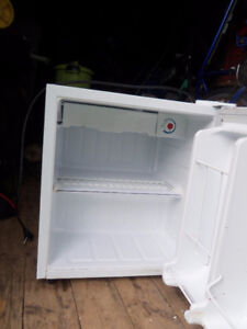 Counter top mini fridge and Rca mini fridge