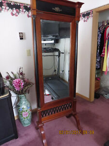 ANTIQUE VICTORIAN CHEVAL MIRROR