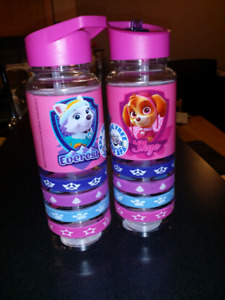 NEW PAW PATROL SKYE WATER BOTTLES WITH SILICONE STRAP