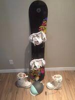 Snowboard, fixes ,bottes et casques