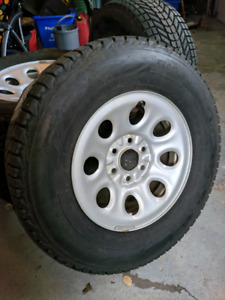 4 Firestone Winterforce tires with rims AND sensors!