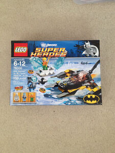 Lego DC 76000 Artic Batman Vs. Mr.Freeze Aquaman On Ice BNIB