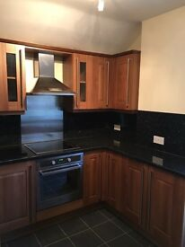 LARGE 2 BED FIRST FLOOR CONVERSION FLAT