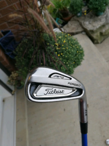 Titleist 714 AP2 3-Pw Graphite Design Tour AD Shafts