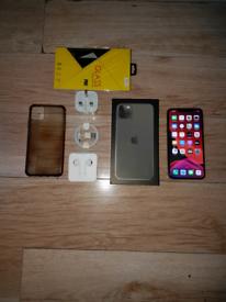 Iphone 11 Pro Max Bundle Unlocked 64GB Green I Phone Eleven
