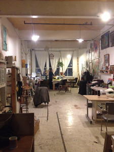 Atelier d'art à louer- Studio space for rent or sublet - Plateau