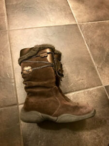 Stride rite toddler boots, size 9