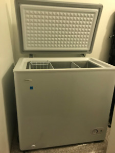 Chest Freezer. Danby 5.5 Cu Ft.
