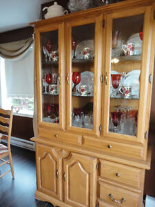 Oak Dining Hutch - Exc Condition - Real Wood  $250 ono