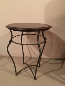 WOOD & WROUGHT IRON SIDE TABLE