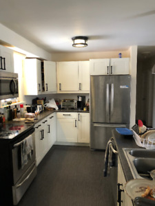 SUBLET FROM FEB TO APRIL WESTERN RD AND ESSEX ST