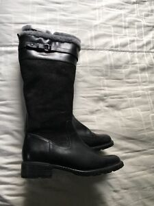 Women's winter boots size 10