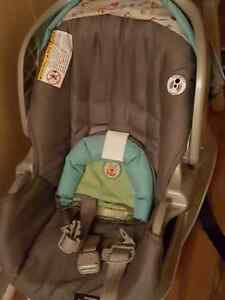 Graco baby stroller and car seat St. John's Newfoundland image 3