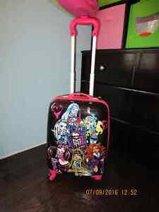 Monster high carrying case/Valise Monster high Gatineau Ottawa / Gatineau Area image 1