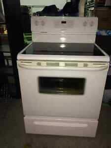 Flat top stove (Frigidaire), self clean, very good condition