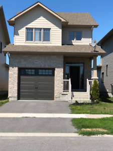 2 Houses beautiful Selkirk homes for rent in the East End