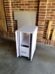 ADJUSTABLE WHITE DESK Barrack Heights Shellharbour Area Preview