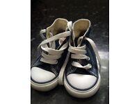 Blue baby boy converse size 4