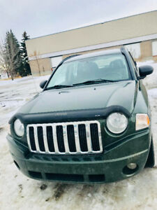 2008 Jeep Compass Sport SUV /  low Kms / Manual/