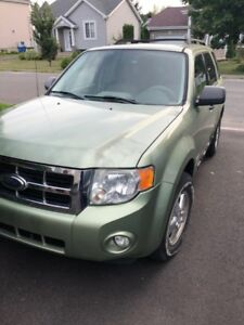 Ford Escape 2008 XLT 2.3L 4 Cyl - Bas Kilometrage