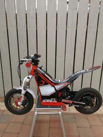 Oset 12.5r (racing model) children's trials bike