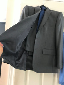 Boys graduation suit age 10-11  like new and shoes size 5.5