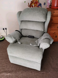 Sherbourne electric rise and recline chair in excellent c, can be deli