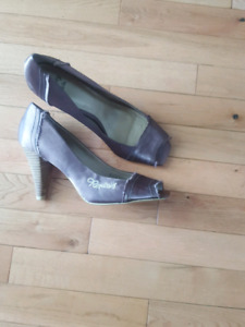 Replay shoes worn once to a wedding size 9.5 asking $10