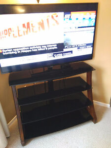 Whalen TV console/stand Cambridge Kitchener Area image 1