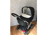 Mamas and papas 3 in 1 combinations carrycot, pushchair and car seat