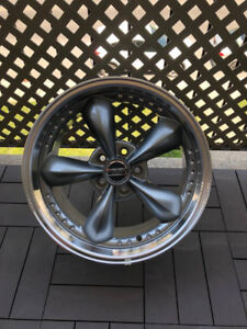 4 Mags  Mustang 5-114.3  18X9 neufs
