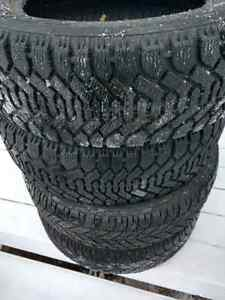 Winter Tires  (215 / 60 R 16)