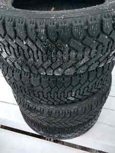 Winter Tires  (215 / 60 R 16)