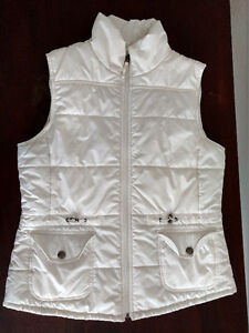 FALL WINTER WOMEN'S WHITE QUILTED PUFFER VEST NEW YORK & COMPANY