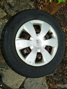 Winter Snow Tires / Rims   2003 Toyota Camry 215 60R 16