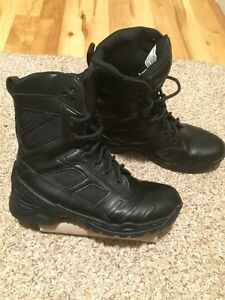 Lot of boots and shoes - men and women Cambridge Kitchener Area image 4