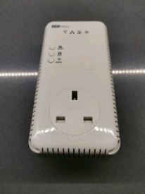Devolo dlan 500 AV Wireless+ Powerline adapter