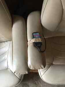 Beige leather massage chairs Cambridge Kitchener Area image 2