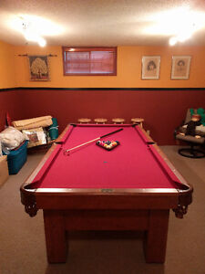 Table de billard 4X8 en chêne -- Pool table 4X8 in oak