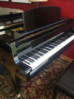 Yamaha GH1 Baby Grand Piano - Very good condition