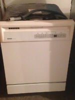 Dishwasher/Fridge/Stove