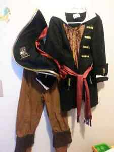 Awesome pirate costume 3-4t