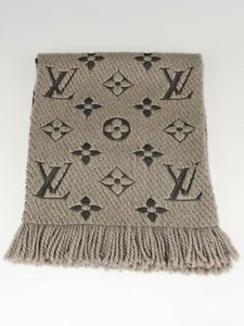 Authentic LOUIS VUITTON Logomania Scarf (LIKE NEW)