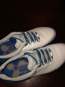 NEW ECCO CAGE SPIKED GOLF SHOES