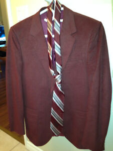 Causal Sports Burgandy Jacket -size 40