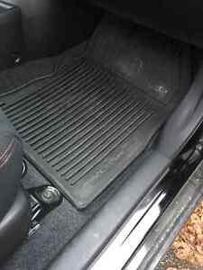 Nissan Versa Note All-season rubberized Floor Mats